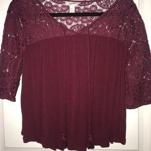 Arizona Burgundy Eyelet Tassel Top